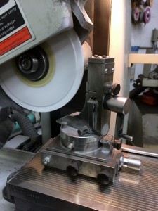 Close-Tolerance-Surface-Grinding-page---Grinders-Dressing-tool-